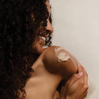 Veido ir kūno šveitiklis Pink Himalayan Salt Scrub, ECO by SONYA 250ml